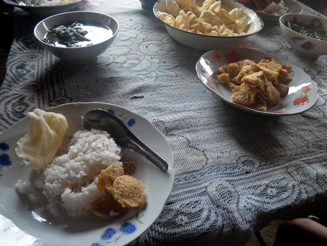 Enjoying a Paluang Feast