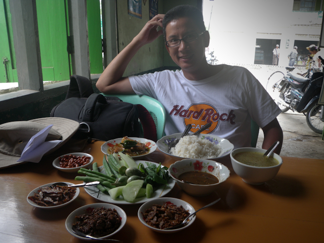 George Relaxing at Lunch in Nyaung Shwe