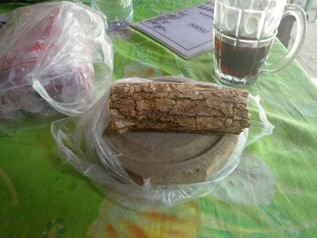 Thanaka Bark and Stone for Grinding Into Make-Up