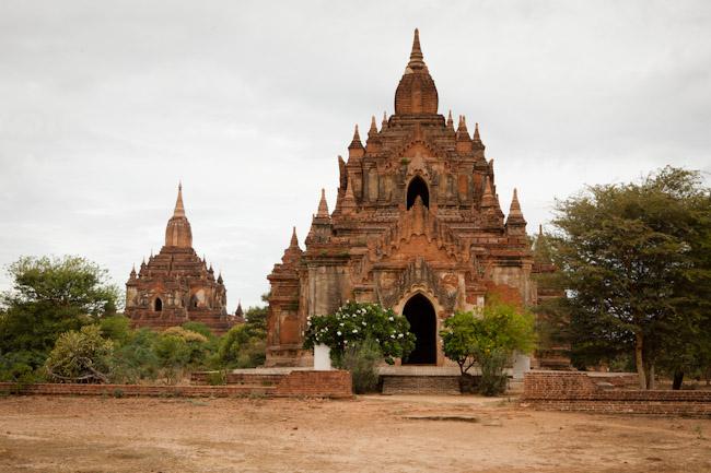 Tha-Beik-Hmauk and Sulamani Temple, Bagan